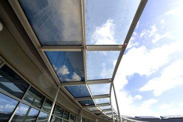 Glass panels at University of Cambridge Primary School